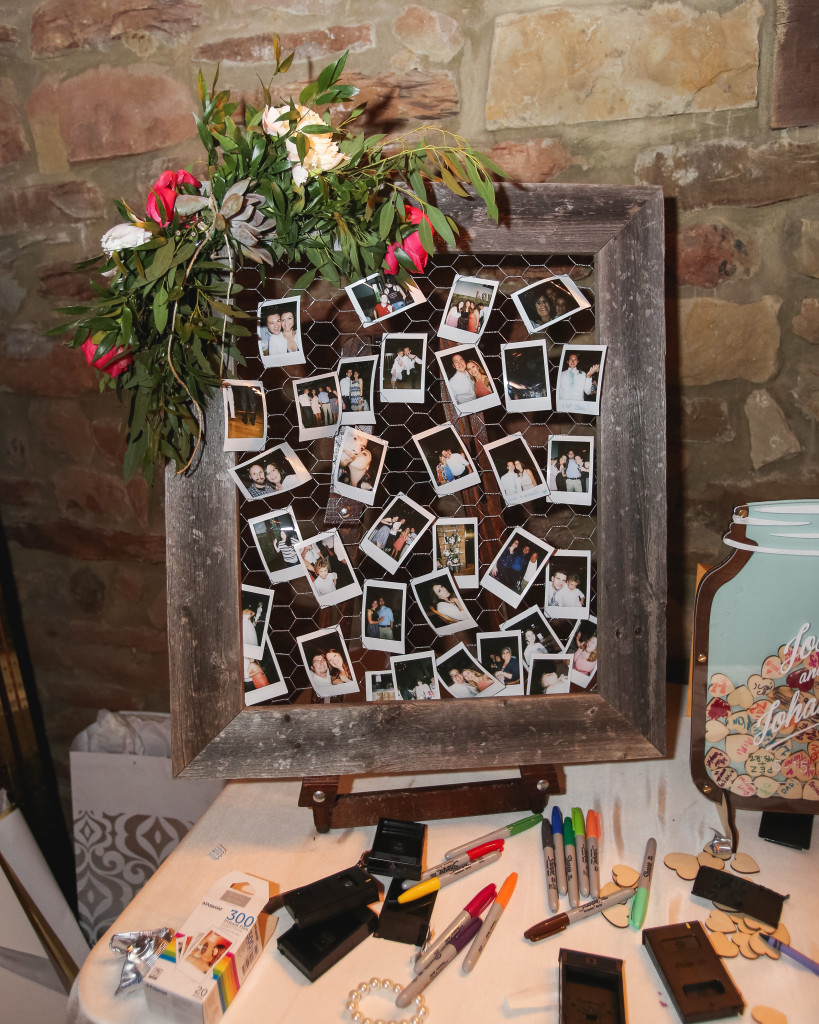 Wedding Photo Guestbook idea