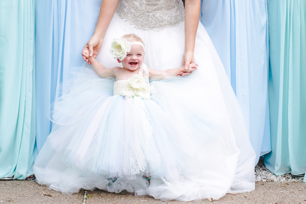 The cutest flower girl outfit